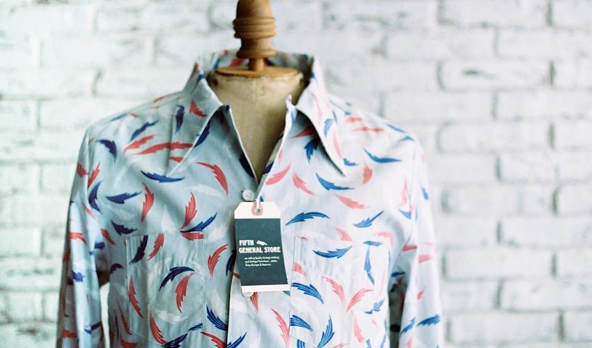 商品の紹介 : 40′s~50′s デッドストック プリント総柄 L/Sシャツ