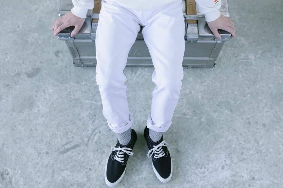 LEVIS WHITE JEANS-5