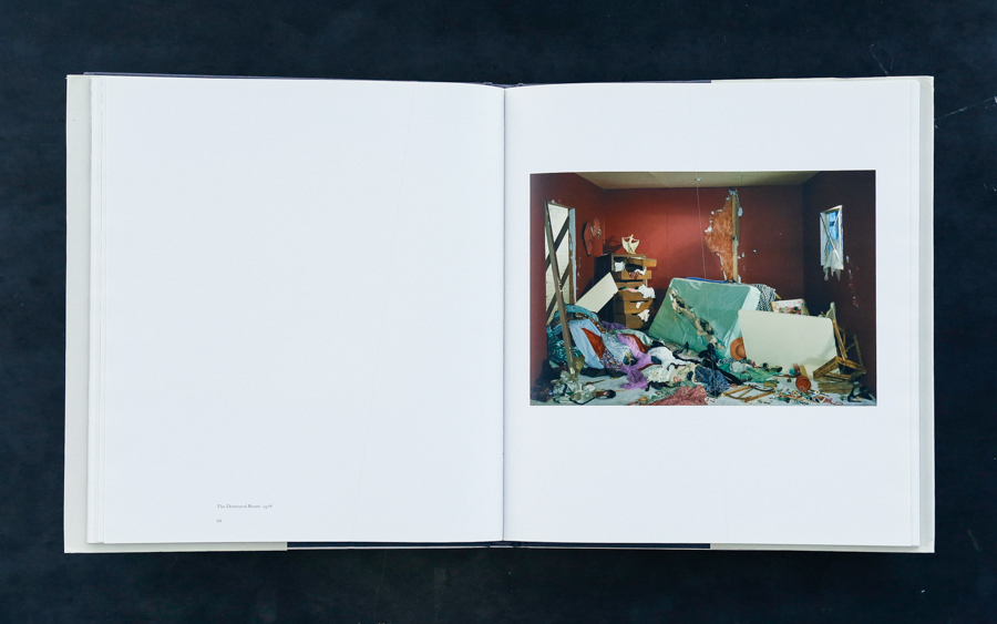 Jeff Wall Book-4